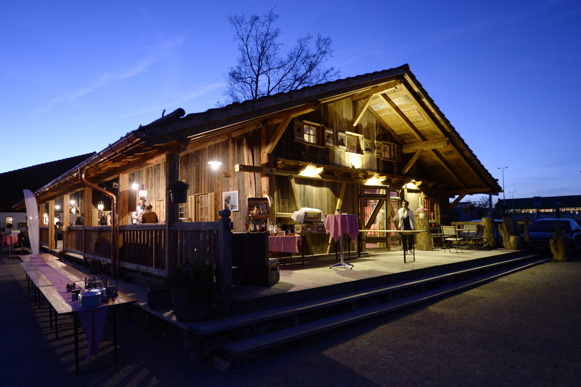 Bächlihof Firmenevent Schopf Bei Nacht