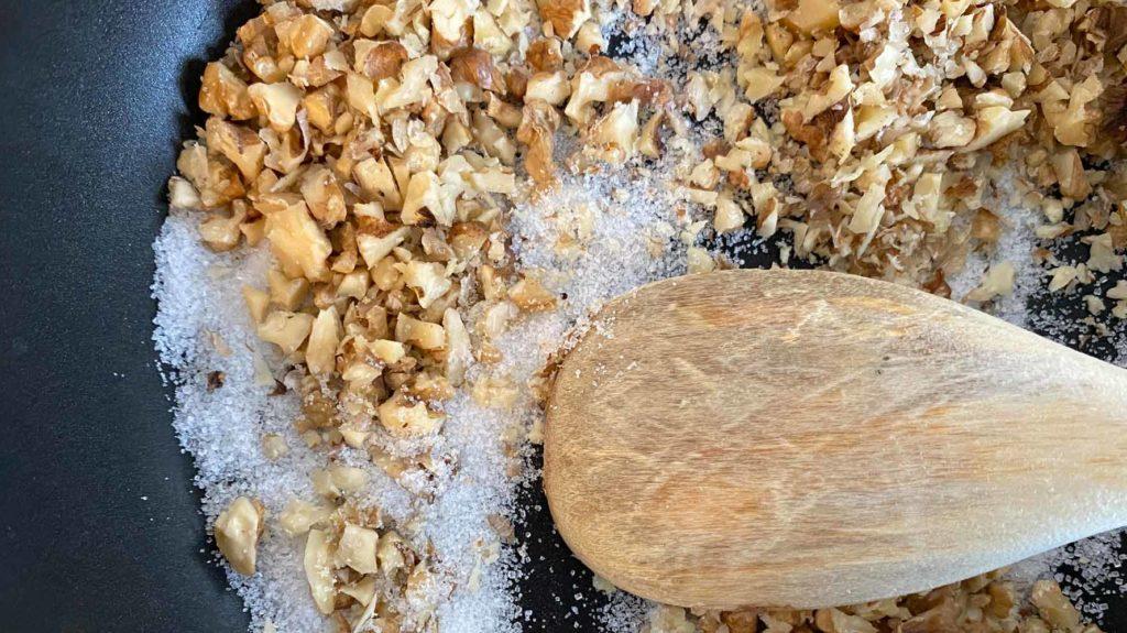Baumnüsse caramellisieren (4)