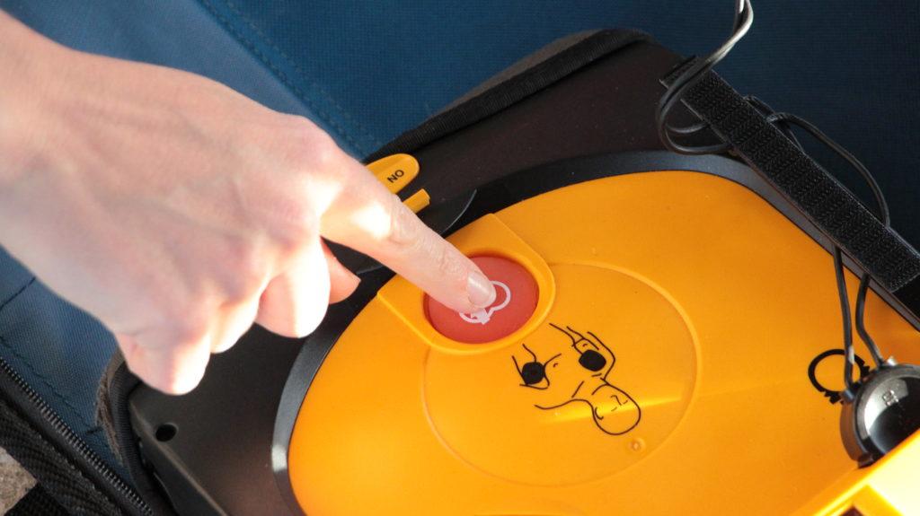 Defi wird per Knopfdruck ausgelöst