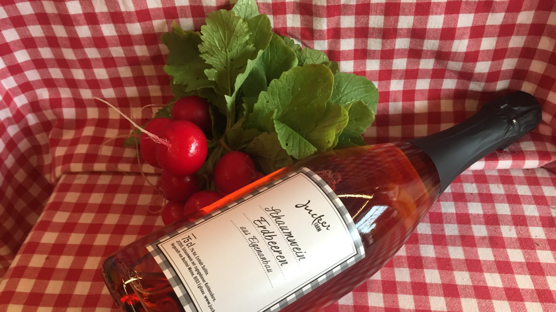Erdbeer Schaumwein