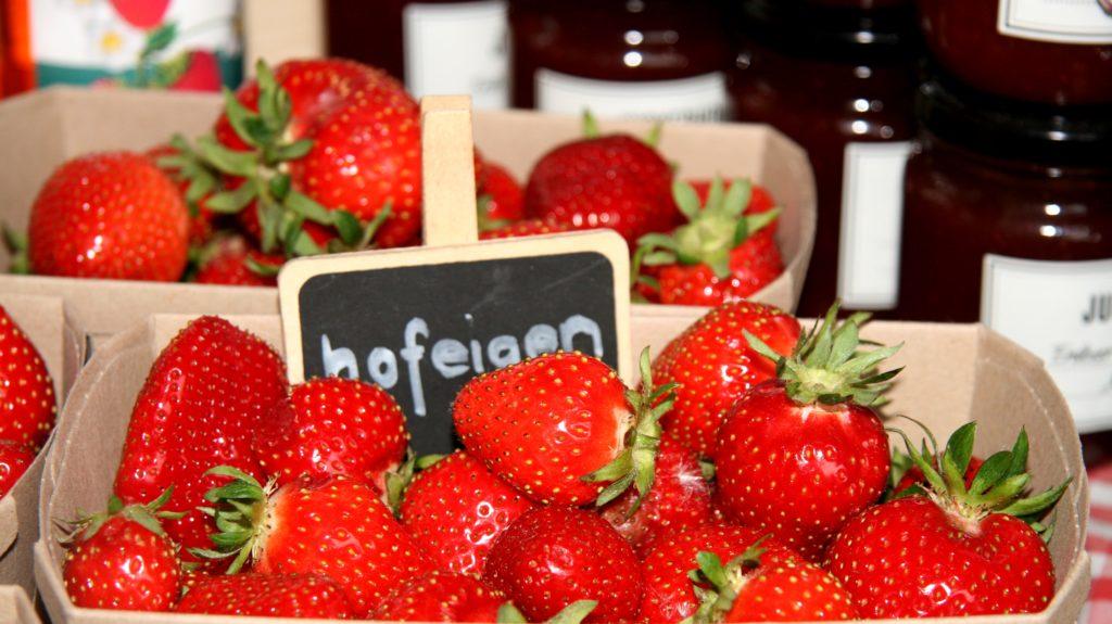 Hofeigene Erdbeeren