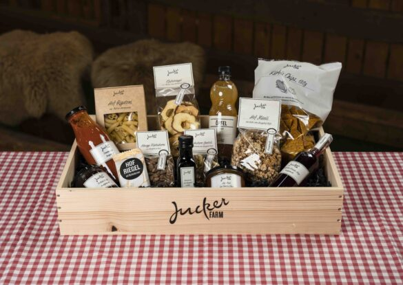 Jucker Farm Geschenkkiste Holz gross