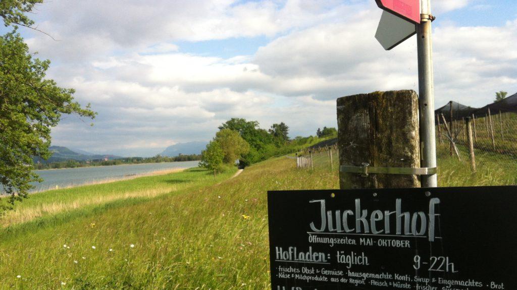 Juckerhof Schild Und Naturgebiet