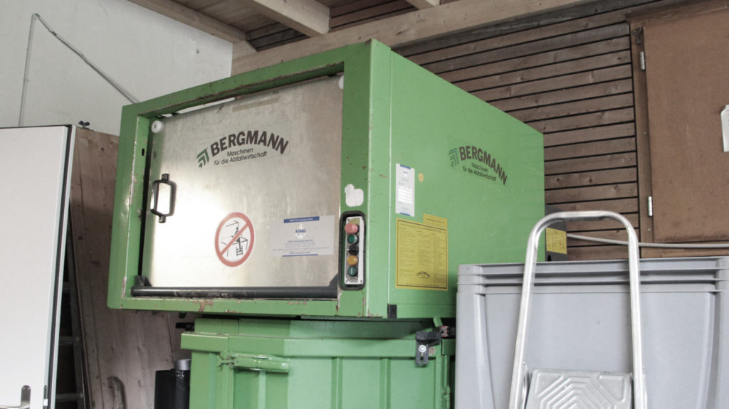 Kartonpresse Recycling