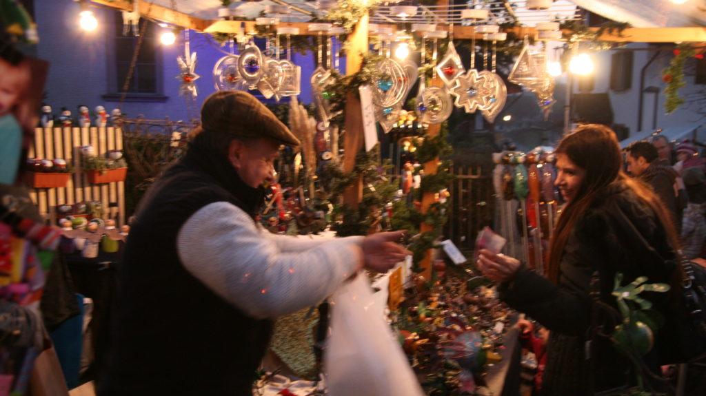 Marktstimmung am Weihnachtsmarkt