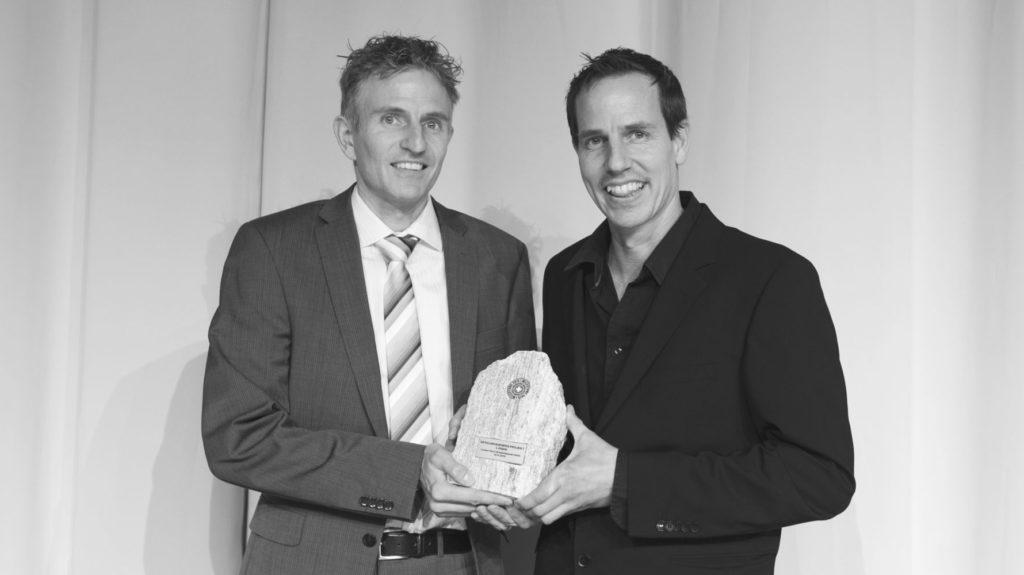 Martin und Beat Jucker mit Milestone Award