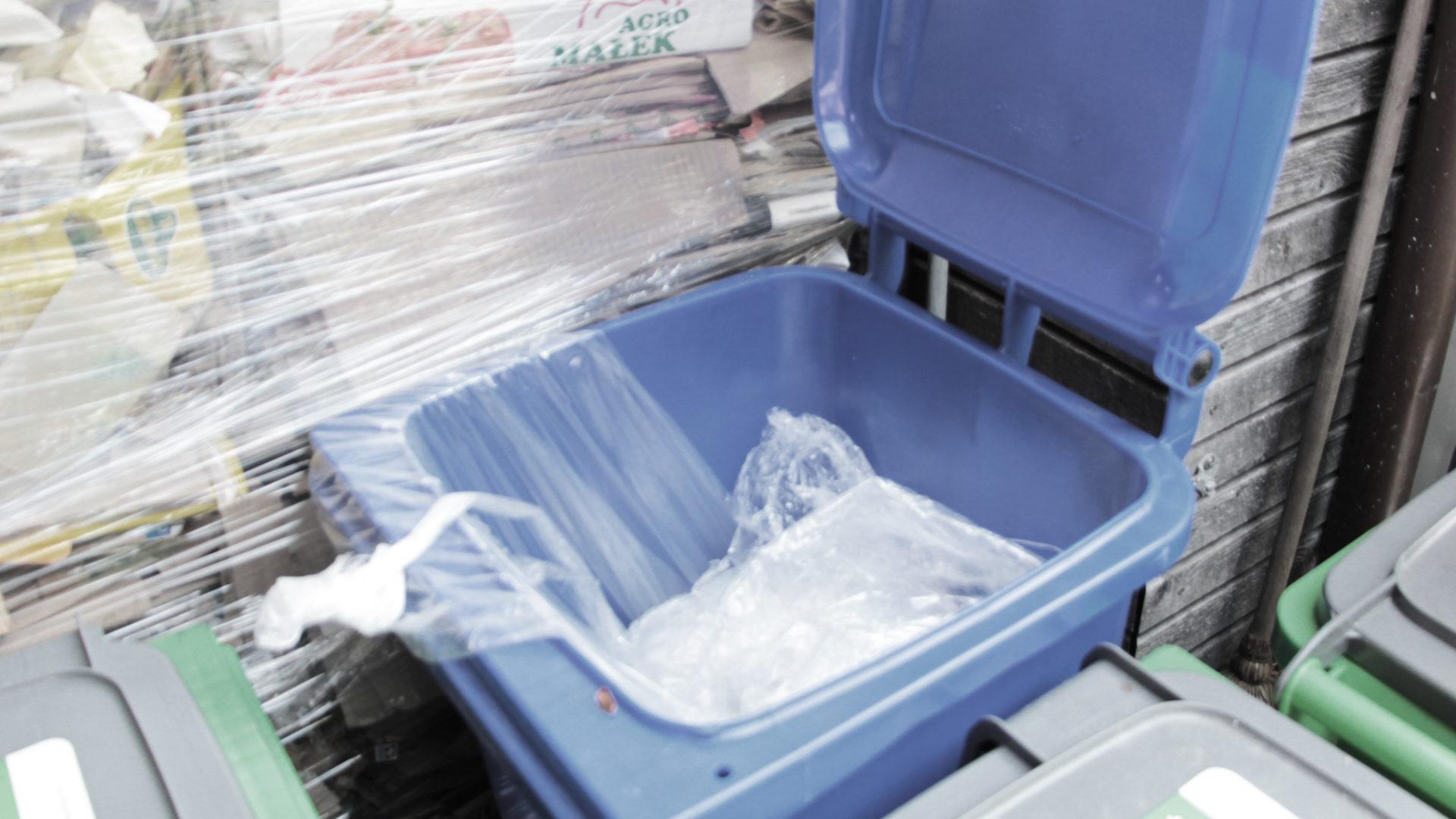 Plastikfolie Container
