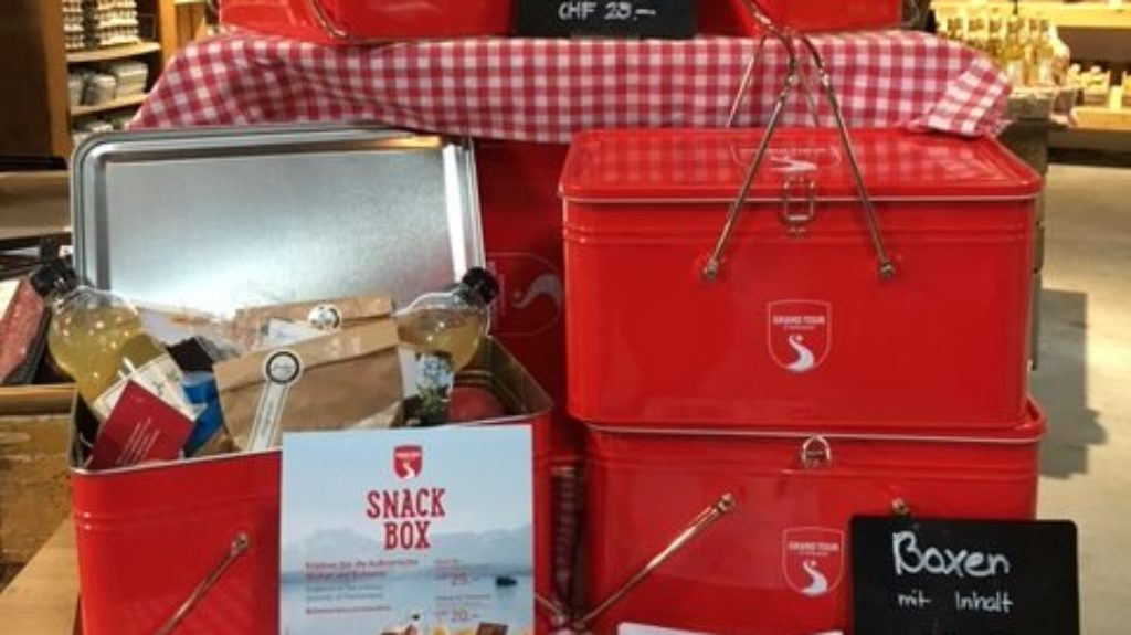 Grand Tour Snack Box