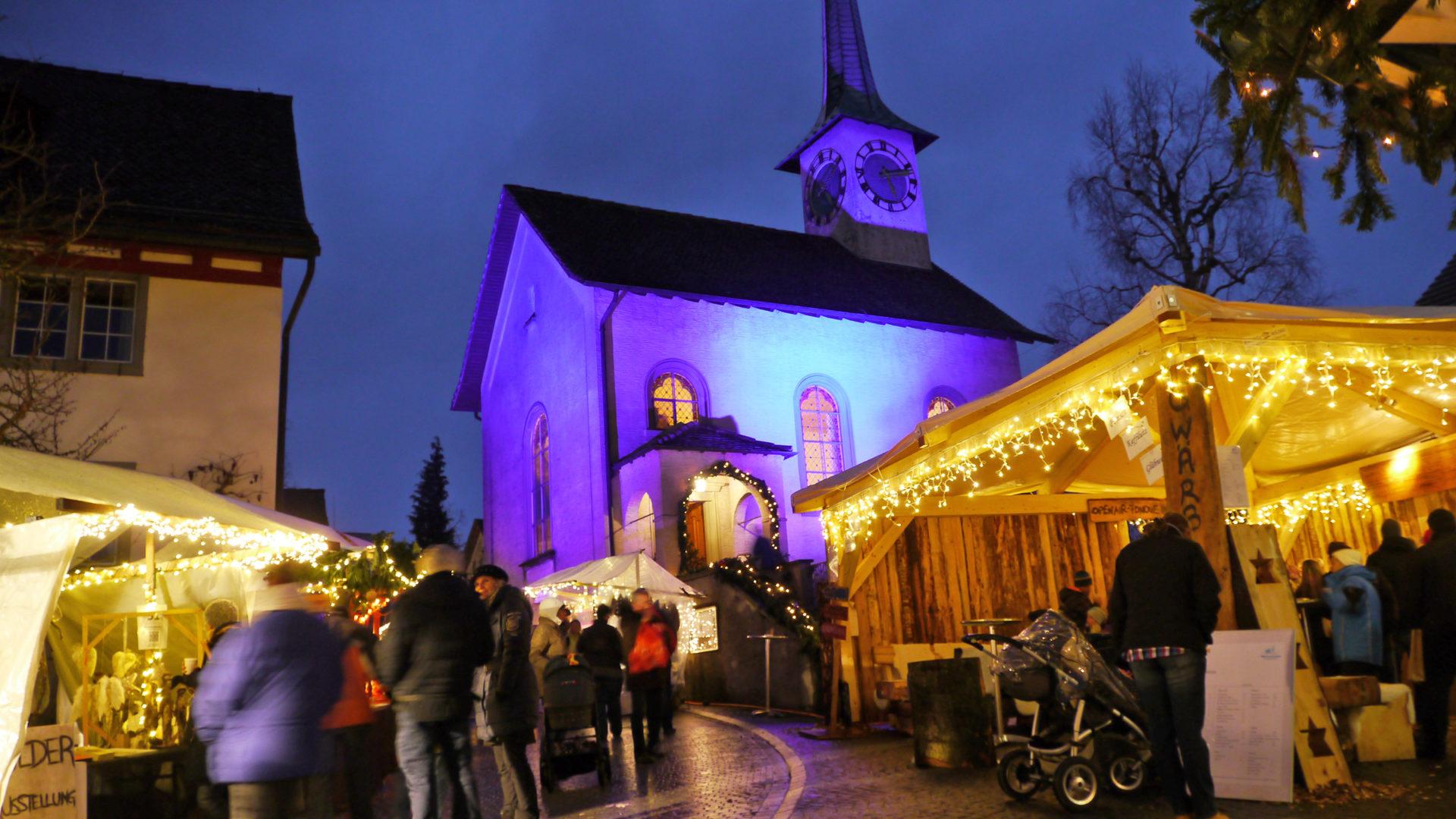 Winterzauber Mit Kirche